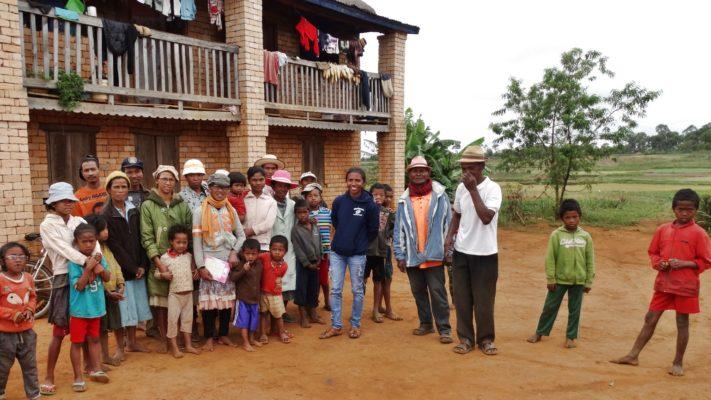Groupement d'un hameau de Kélilalina