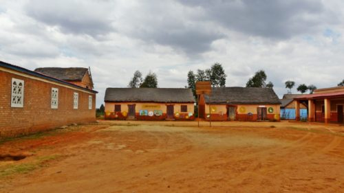 Groupe scolaire Ambatolampikély