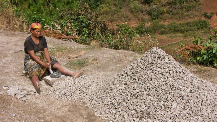 Cassage de pierres